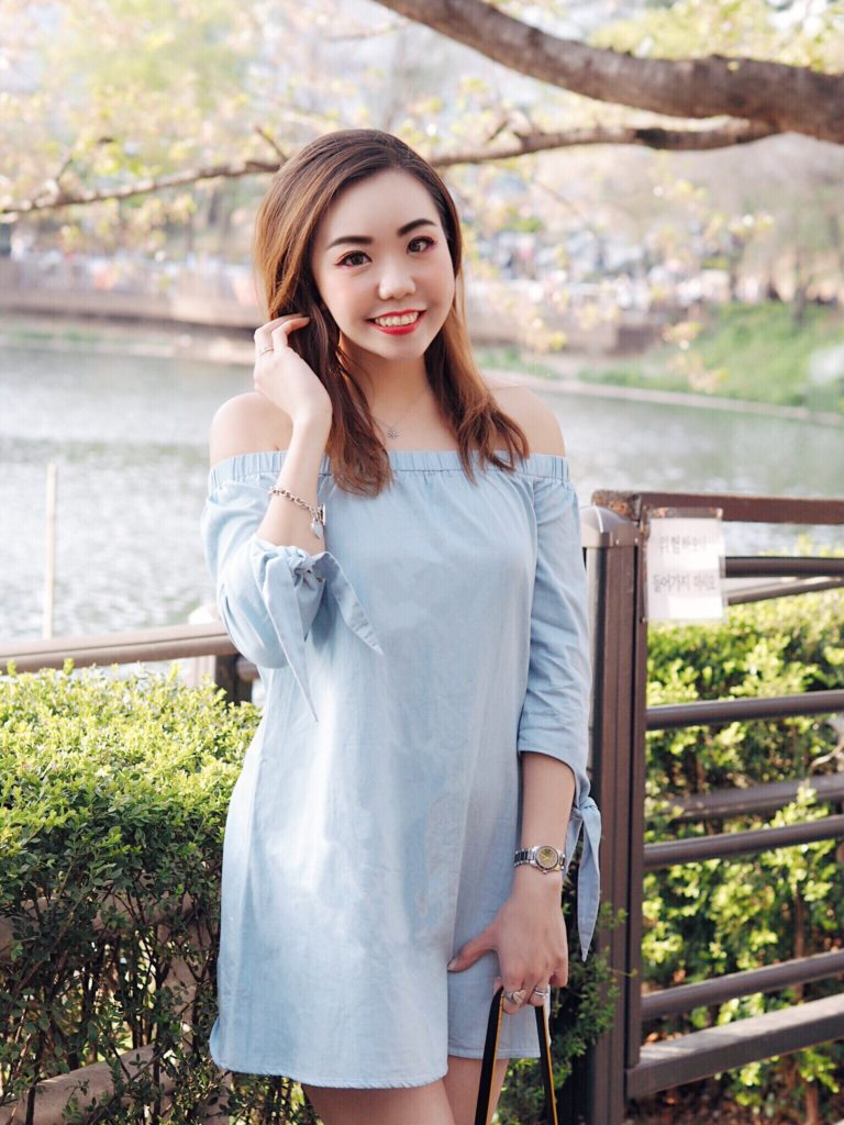 how to style denim dress